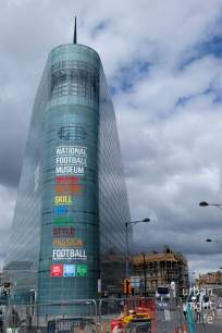manchester | football meets fabulous architecture.