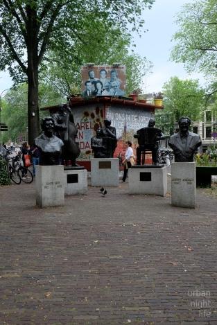famous musicians, now statues